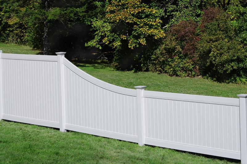 Custom Vinyl Fence Company Minnesota