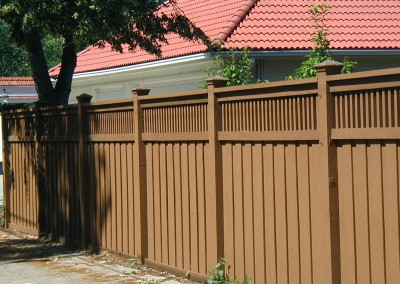 Cedar Privacy Spindle Top Fence