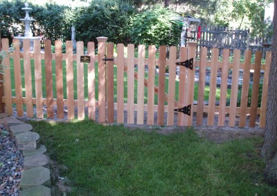 Traditional Cedar Dog Eared Picket Fence Gate
