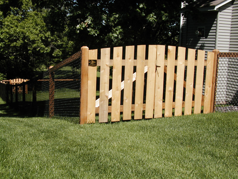 California style chain link fence andover fence installation mn