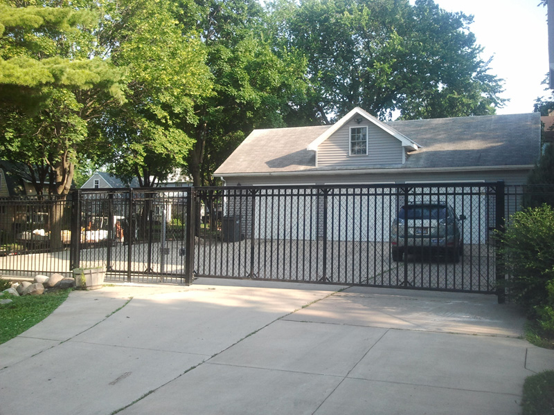 Minnesota Security Fencing Installation