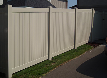 Blaine MN Privacy Fence Vinyl