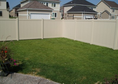 Tan Vinyl Tongue & Groove Privacy Fence