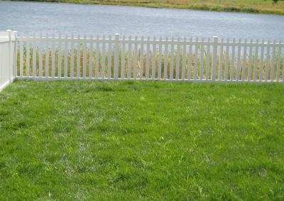 Wide Vinyl Picket Fence w/ Wide Spacing